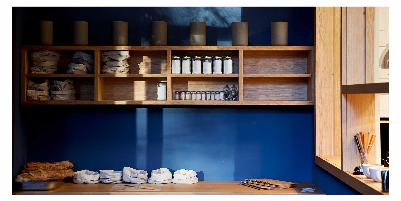 09-blaue-kappe-restaurant-augsburg-essen-trinken-corporate-design-branding-website-logo-fruehstueck
